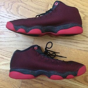 Jordan Horizon Low black red m8.5/w10